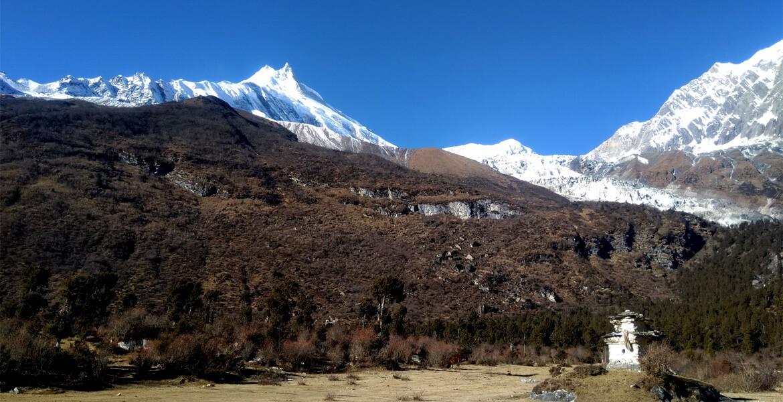 Manaslu trek without guide